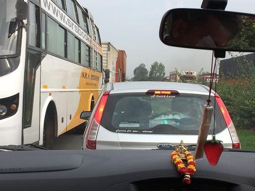 印度 高速公路 逆行 危険 - naniyuutorimannen - 您说什么!