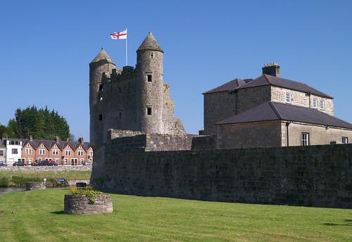northernireland cofermanagh enniskillen enniskillencastle inniskillingsmuseum castle ulster panasonic sunshine outside panasonicgx1 lumixlens