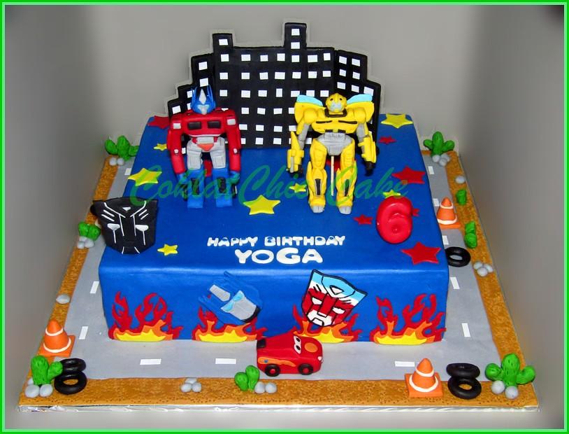 Cake The Transformers YOGA 30 cm