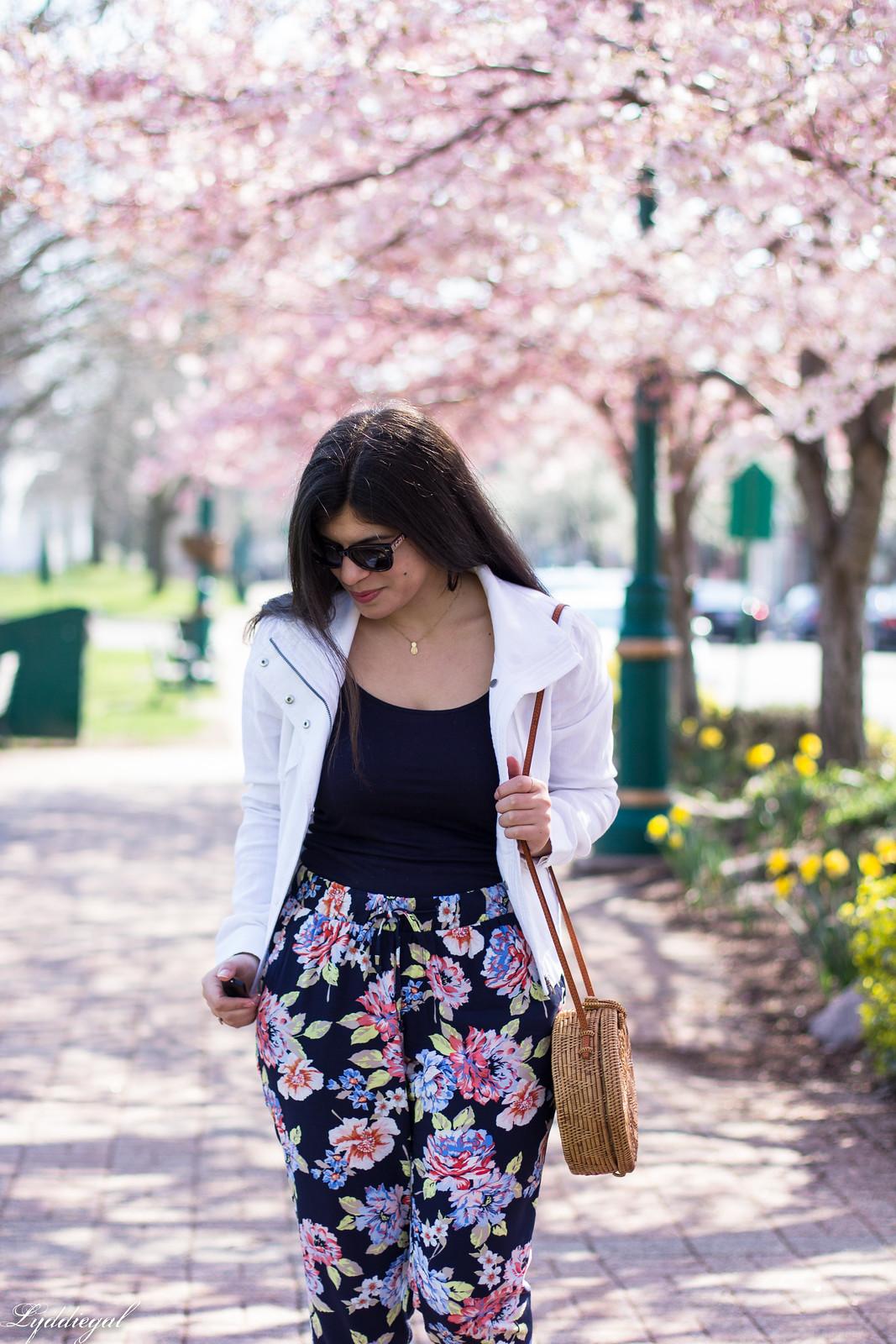 floral joggers, white linen jacket, round rattan bag-7.jpg