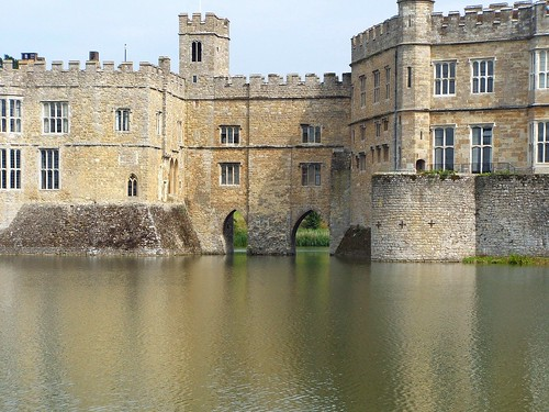 Leeds Castle. From Studying Abroad in London: 10 Places Not to Miss Like I Did! Part 2