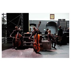 The bass gang, Bari . #xpro2 #fujixpro2 #fujifeed #fujifilm #fujilove #myfujilove #fujifilm_xseries #fujifilmusa #fujifilmnordic #fujifilmme #fujifilm_uk #twitter #geoffroyschied #35mmofmusic #bari #italy #backstage #bass #warmup #stage #instrument #portr