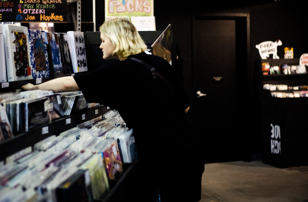 Record Shopping with... Hinds