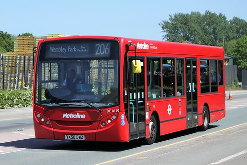Metroline AD E200 DE1619 YX58DWZ on route 206