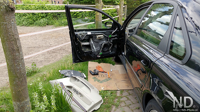 Volvo S80 2.4T Repairing Window Mechanism