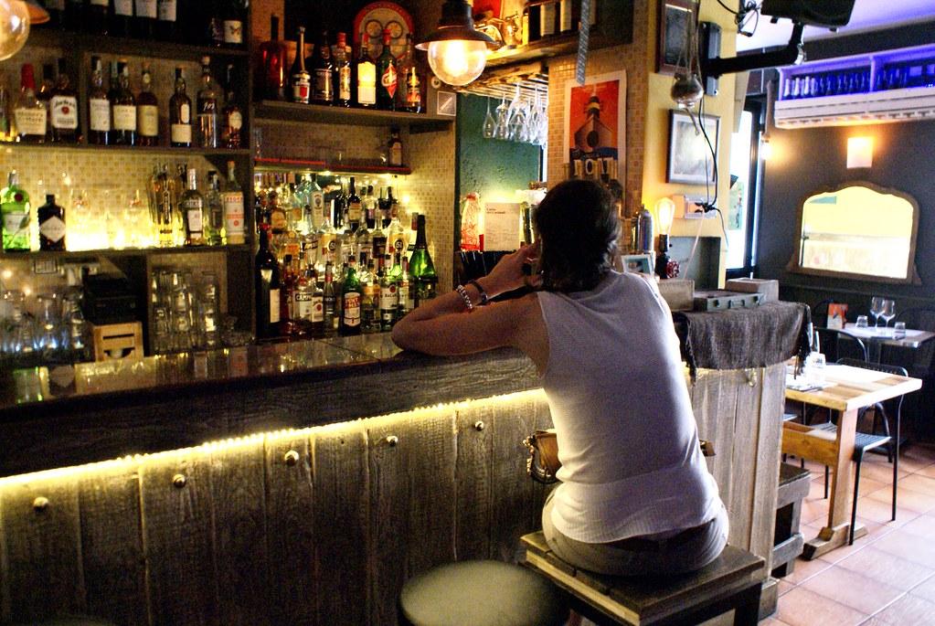 Bar vintage et restaurant sympa 'Na cosetta dans le Pigneto à Rome.