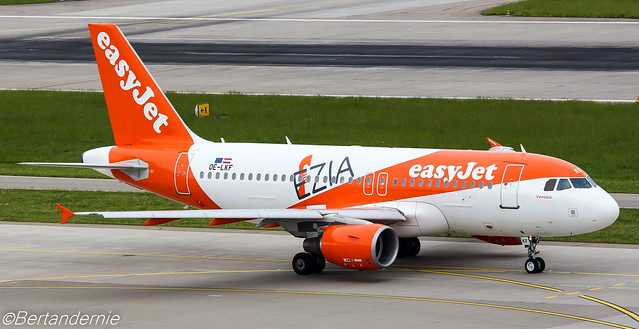 OE-LKF easyJet Europe Airbus A319-111