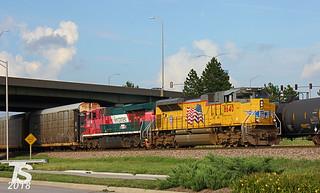 UP 8640 Leads SB Autorack Olathe, KS 8-7-13