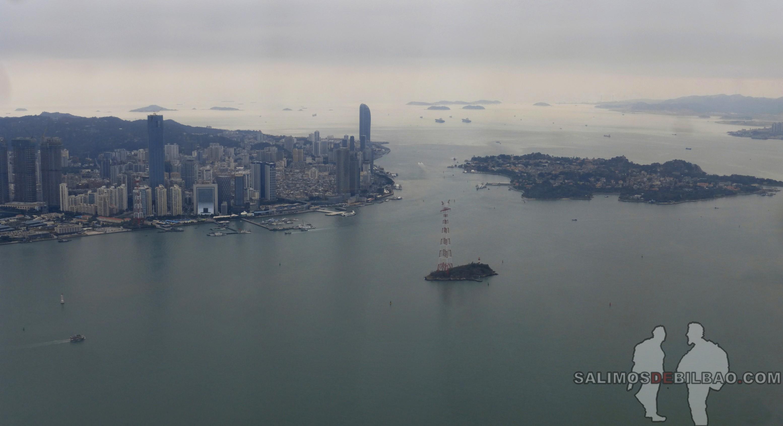 1387. Pano, Xiamen, Vistas desde el avión de Ho Chi Min a Xiamen