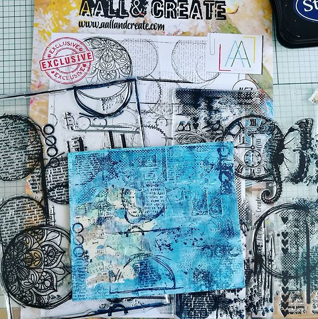 Work in progress with @aallandcreate stamps. And yes, that is a large A4 stamp which I cut in two. With the no. 57 this is really easy to do without harming the imagery. #workinprogress #WIP #collageart #rubberstampcollection #rubberstampart #aallandcreat