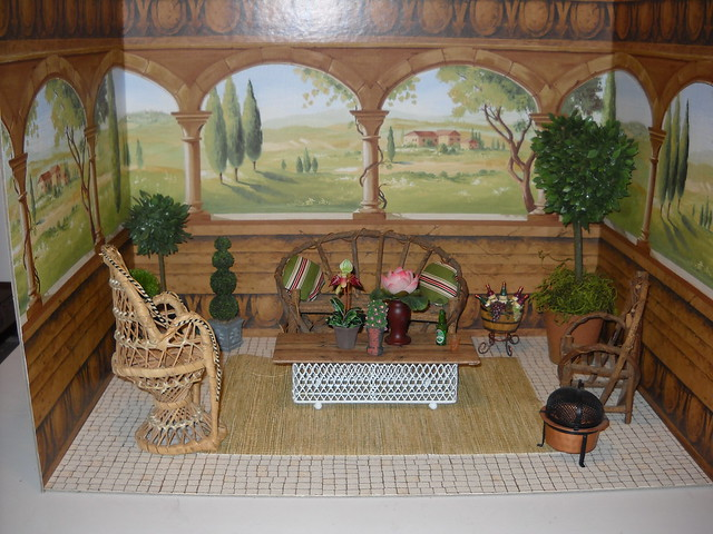 room SS terrace Furnished (no dolls)