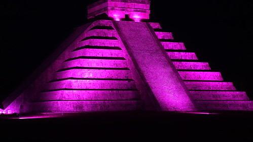 Chichen Itza de color.