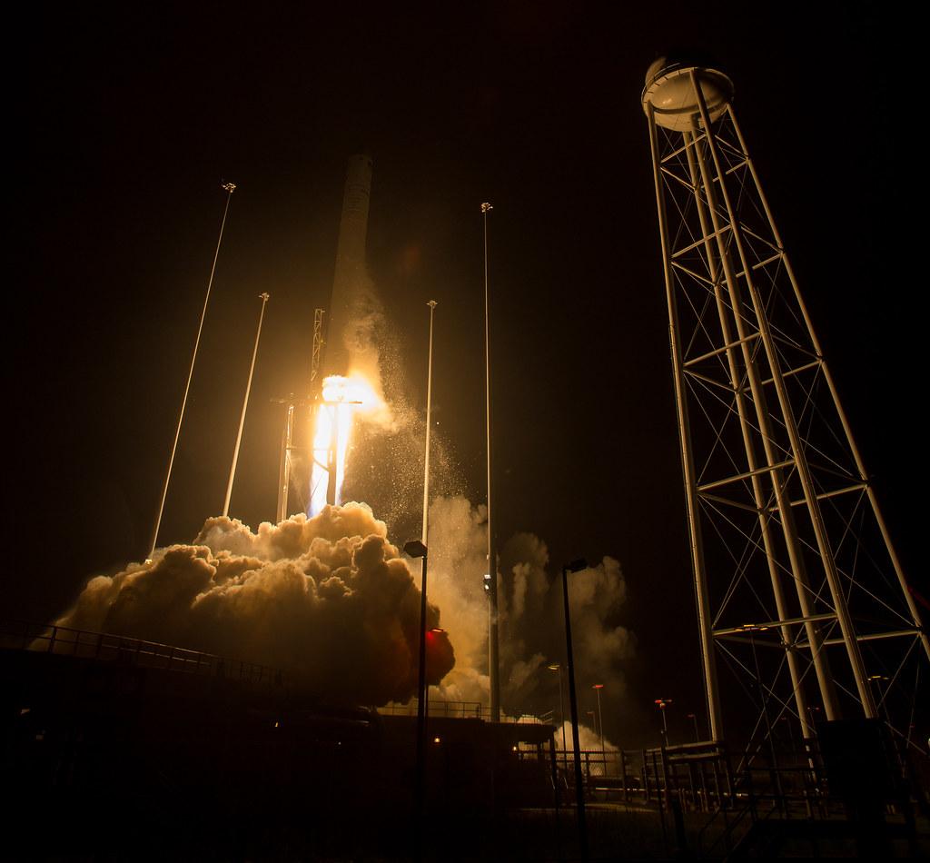 Orbital ATK CRS-9 Launch (NHQ201805210010)