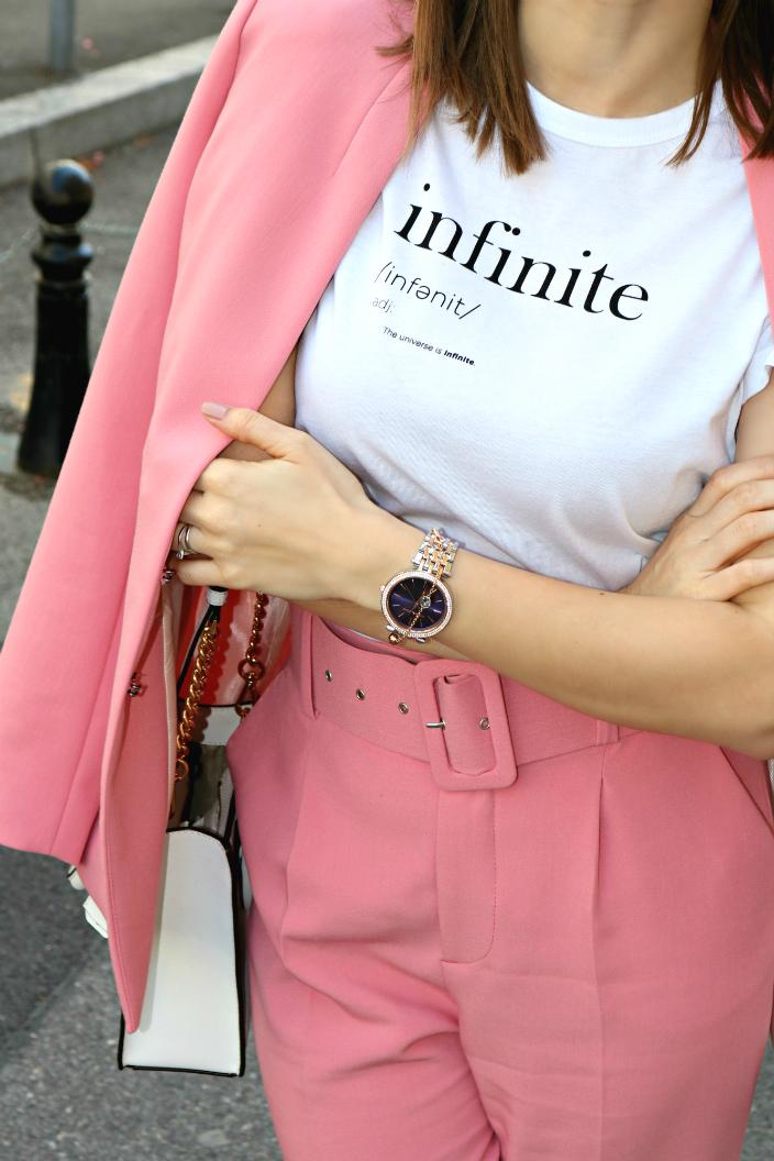 Look - Infinite Pink (04b)