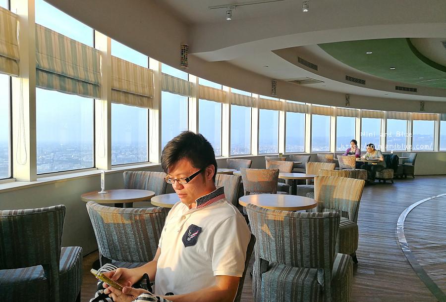 台中 梧棲 咖啡 夜景 童綜合頂樓咖啡19