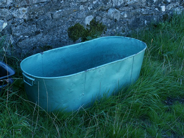 Trough Bathtub : Water Trough Bathtub http://www.flickr.com/photos/79633815@N00 ...