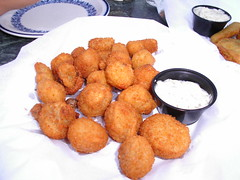 fish(0.0), produce(0.0), beignet(0.0), croquette(1.0), fried food(1.0), arancini(1.0), rissole(1.0), korokke(1.0), food(1.0), dish(1.0), chicken nugget(1.0), cuisine(1.0), fast food(1.0),