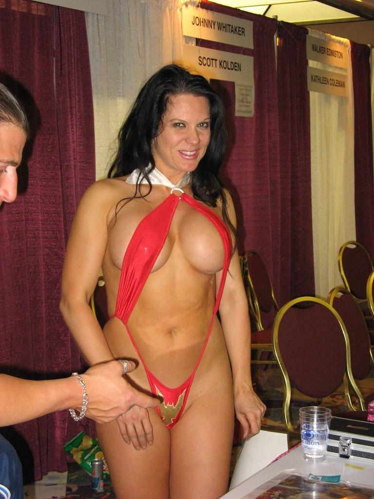 girl nude beach porn xx