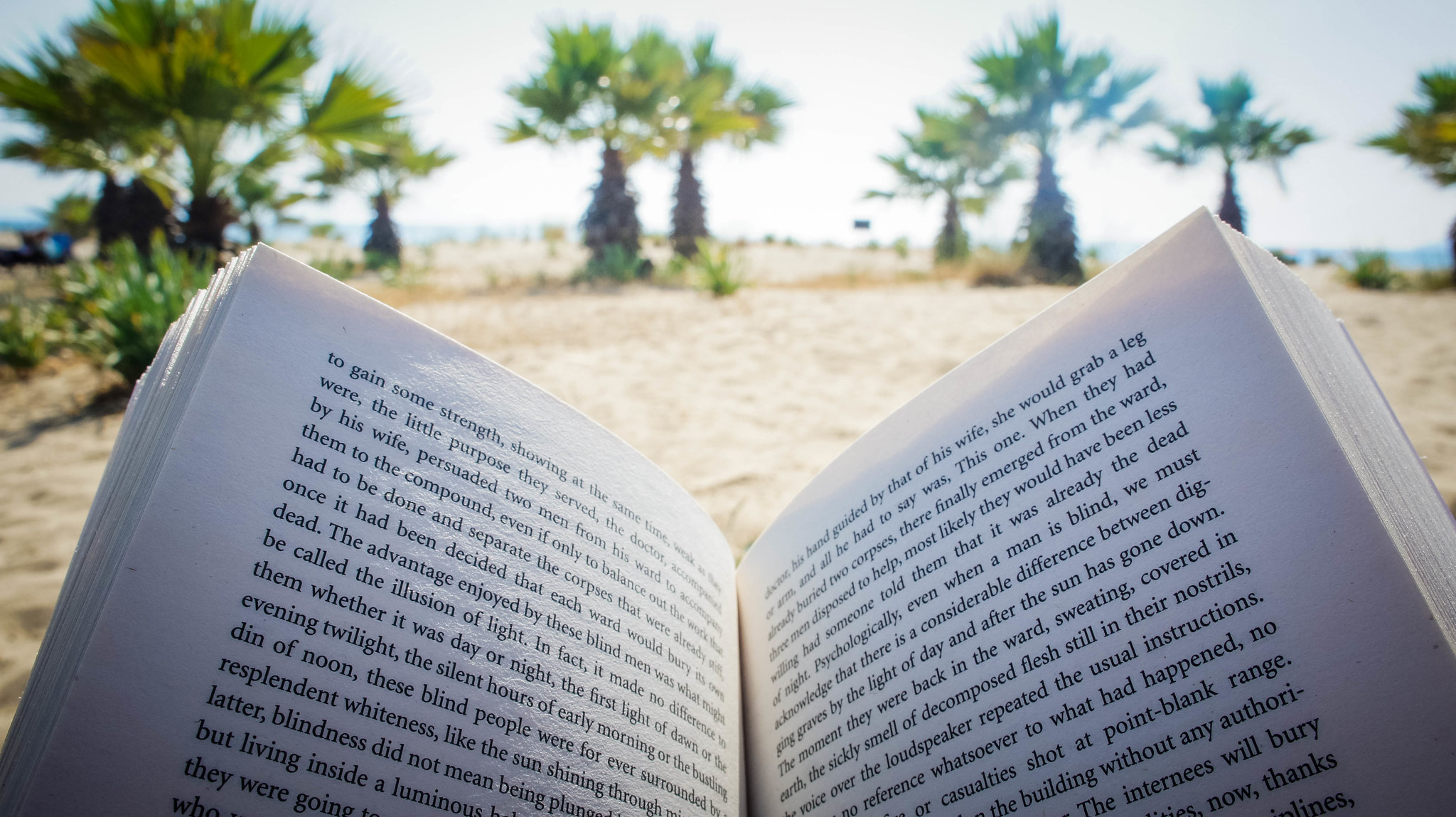 Yess, reading on the beach! (In Turkey!)