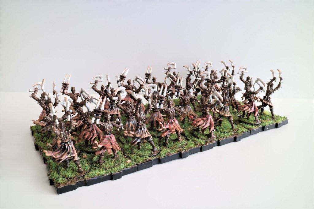 Runewars Miniatures Uthuk Y'llan Berserkers Army Back