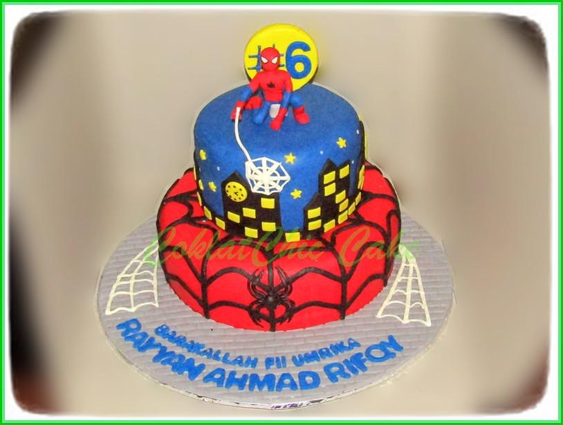 Cake Spiderman RAYYAN 20 cm dan 12 cm