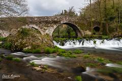 Ponte medieval sobre o río Furelos en Melide