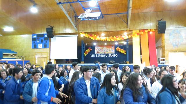 Los alumnos celebraron Pentecostés con alegría