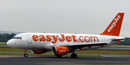 G-EZDF 'easyjet' Airbus A319-111 on 'Dennis Basford's railsroadsrunways.blogspot.co.uk'  In the old livery.