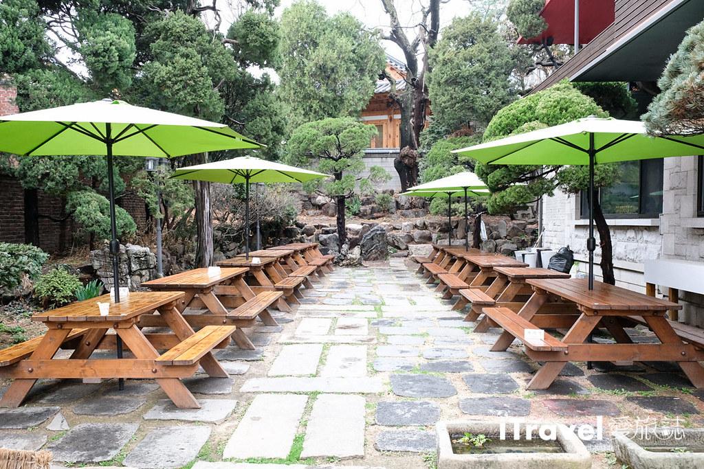 首尔美食餐厅 北村百年土种蔘鸡汤 (5)