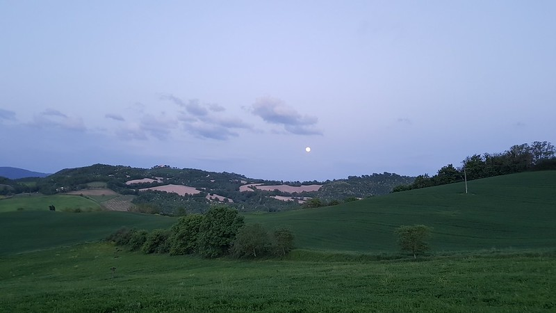 Almos full moon in Ca Le Suore