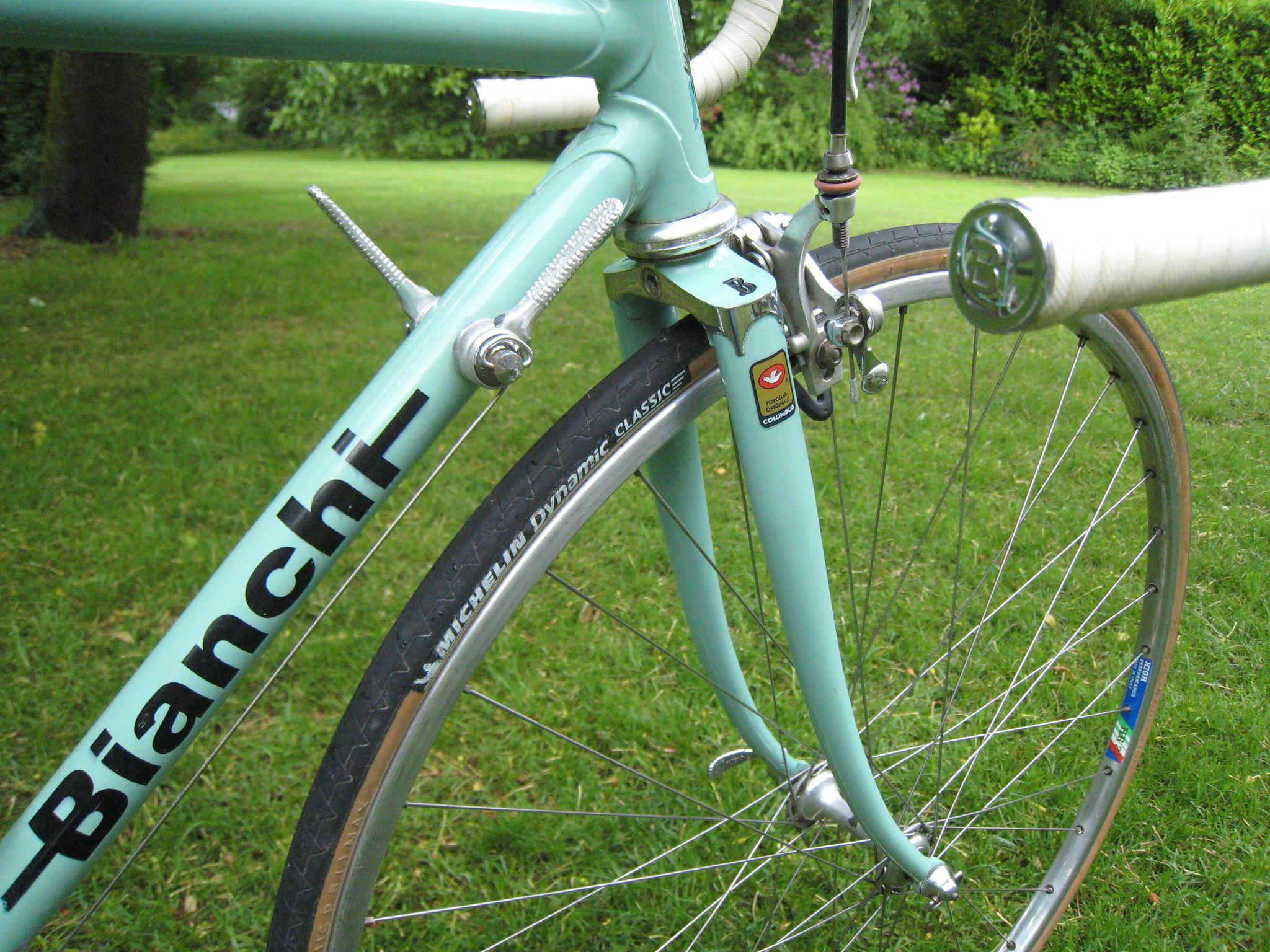 Bianchi. Un vélo par semaine. 42323998081_a533fc995f_k