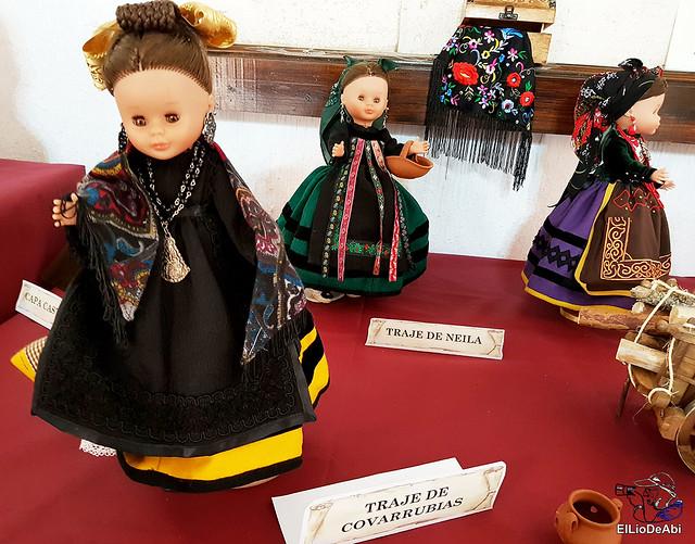 Colección en miniatura de los trajes tradicionales en la provincia de Burgos  (6)