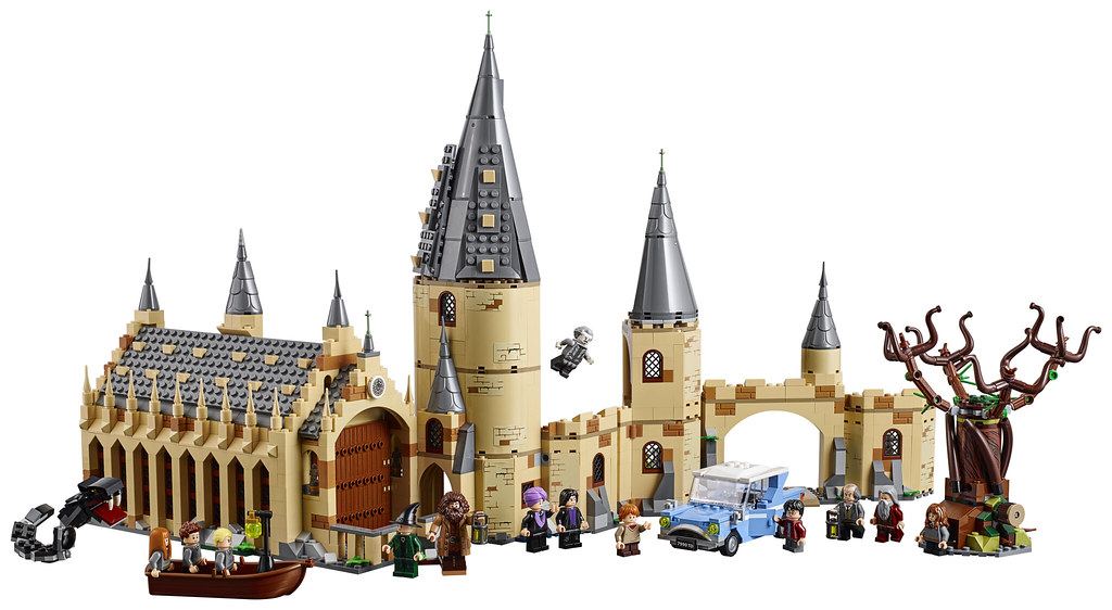75954 Hogwarts Great Hall combined with 75953 Whomping Willow