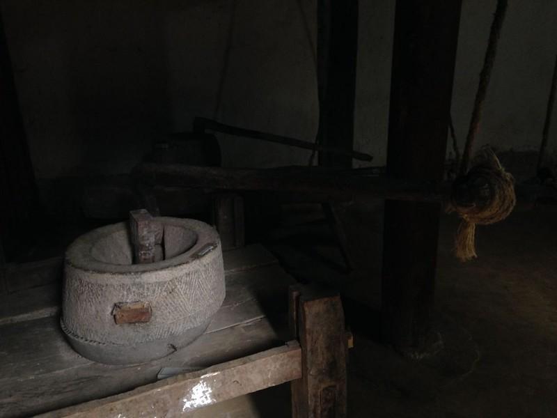 サフィン(Sa Phin)のマーケットとモン族王の館, 15