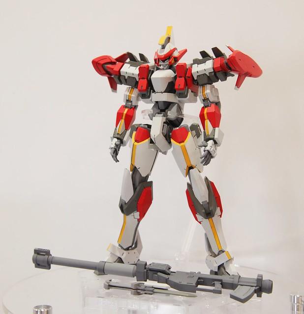 【更新官圖&販售資訊】HG《驚爆危機IV》ARX-8 烈焰魔劍(Laevatain;レーバテイン)Ver.IV 1/60比例組裝模型