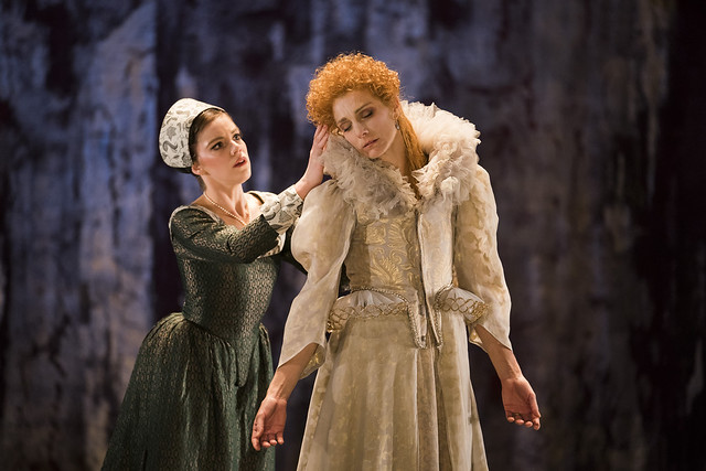 Katie Deacon and Zenaida Yanowsky in Elizabeth, The Royal Ballet © ROH, 2018. Photograph by Tristram Kenton