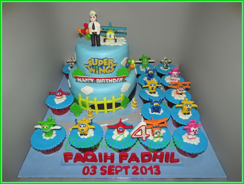 Cake dan Cupcake set SuperWings - FAQIH 20 dan 15 cm