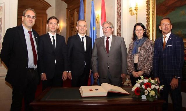 En circonscription : au Luxembourg avec François de Rugy