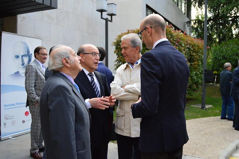 Homenaje a Ángel Herrera