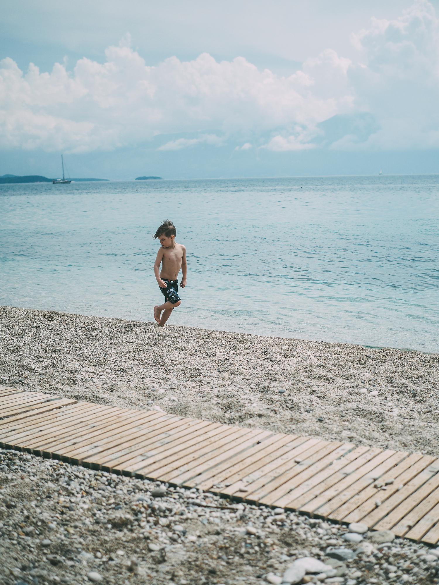 beach kids 6