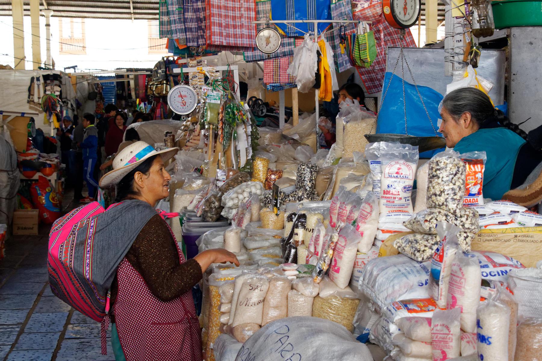 San Pedro Market Scene