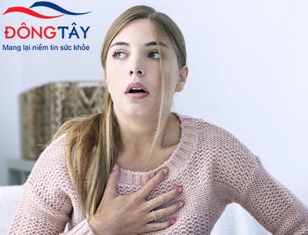 Người bệnh hở van tim dễ gặp phải triệu chứng khó thở đặc biệt là khi gắng sức