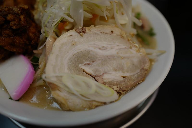 Leica Q池袋北口カレーつけ麺ちゃんぽん麵壬生タンドリーから揚げちゃんぽん麵のチャーシュー
