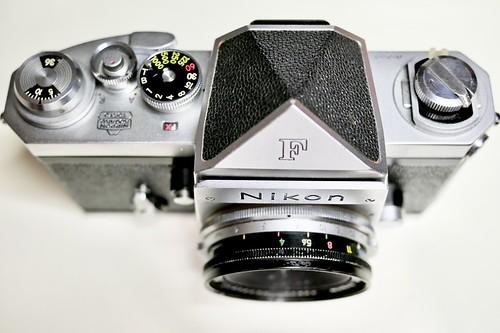 Nikon F + 2.1cm
