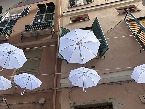 les parapluies qui volent