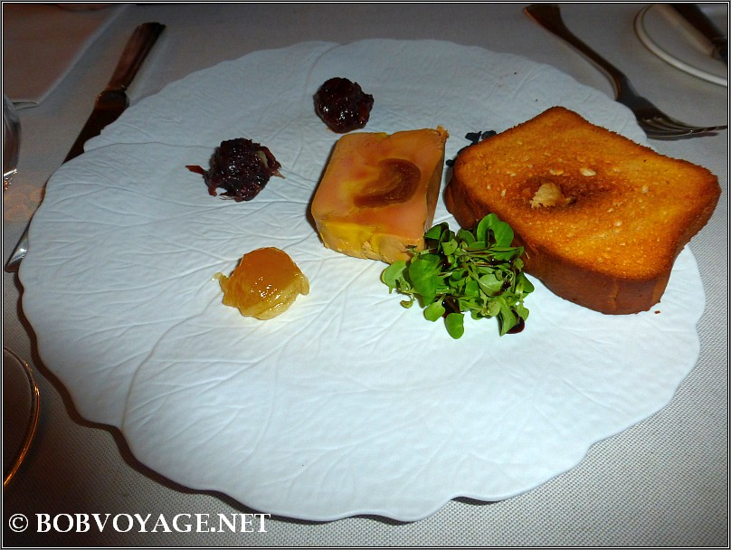 טרין כבד ברווז ב- מסעדת Bovio ב- פיימונטה (Piedmont)