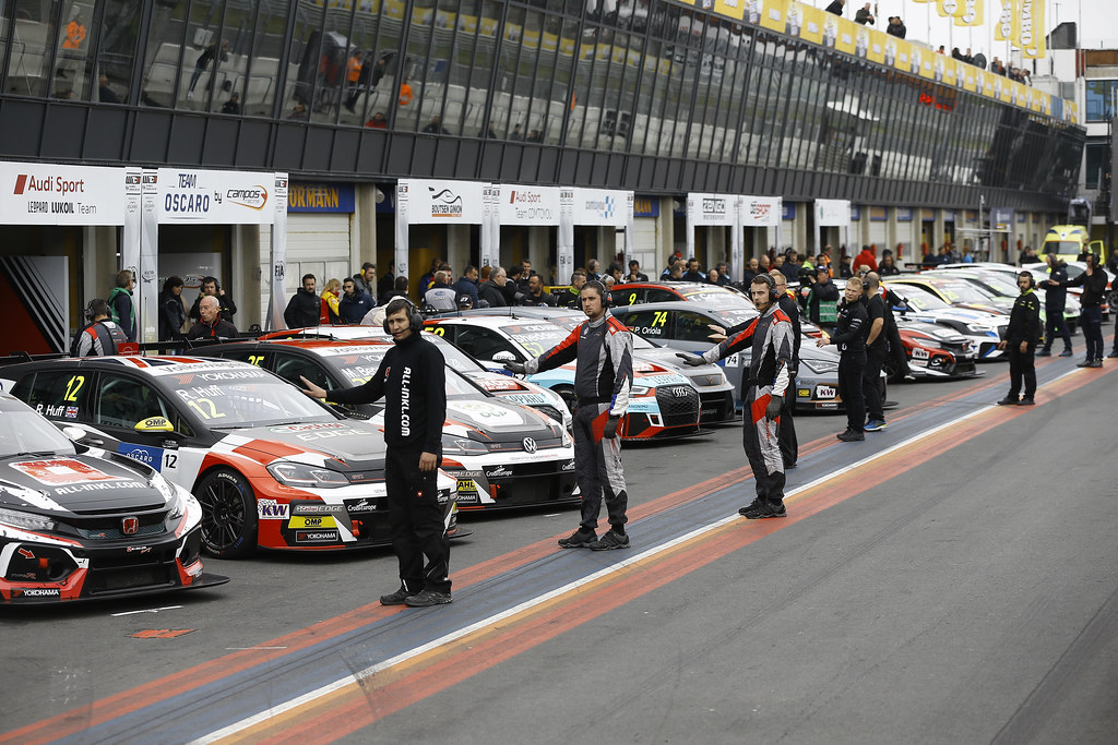 PIT-LANE atmosphere  during the 2018 FIA WTCR World Touring Car cup of Zandvoort, Netherlands from May 19 to 21 - Photo Jean Michel Le Meur / DPPI