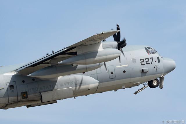 Iwakuni FD 2018 (126) VMGR-152 KC-130J QD-227/169227