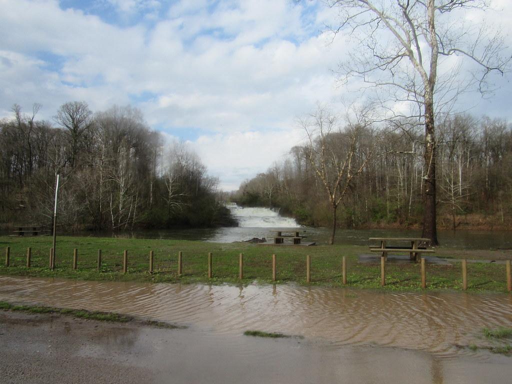 Kinkaid Lake Spillway, Flood Stage