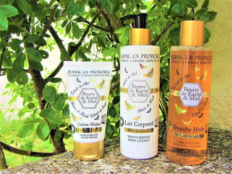 jeanne-en-provence-cosmetiques-beurre-de-karite-et-miel-thecityandbeauty.wordpress.com-blog-beaute-femme-IMG_0487 (3)